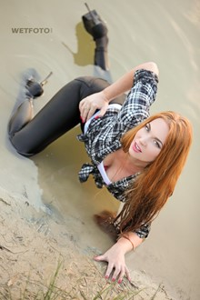 #305 - Wetlook by Long-Haired Girl in Shirt, Leggings and High Heels
