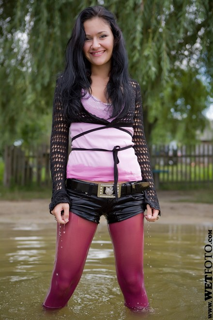 wet girl get wet wet hair fully clothed boleros t-shirt denim shorts tights high heels lake