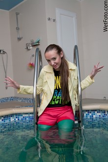 #117 - Crazy Wetlook by Bright Girl in Colored Stockings, T-Shirt and Shorts in Jacuzzi Bath