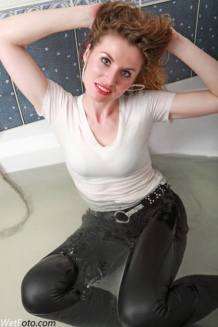 wet girl get wet wet hair fully clothed jacket t-shirt leggings evening gloves tights high heels bath