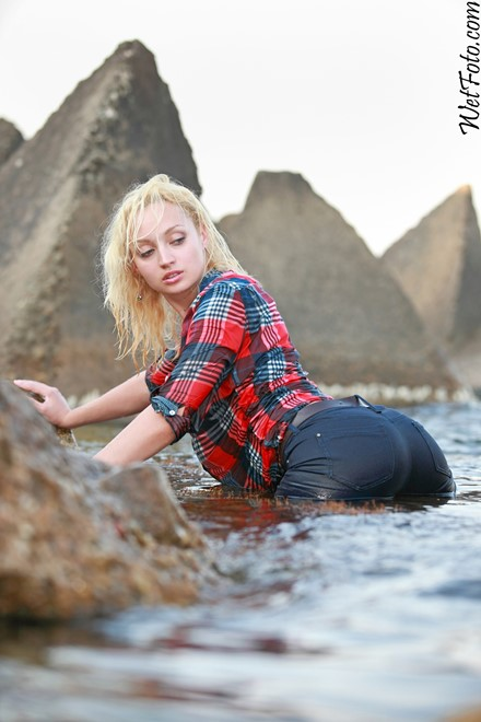 wet girl get wet wet hair fully clothed tight jeans shirt sea