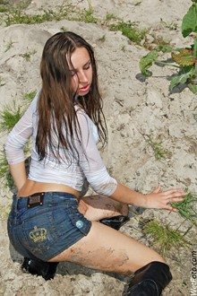 #204 - Wetlook by Fully Clothed Brunette Girl in Leather Jackboots