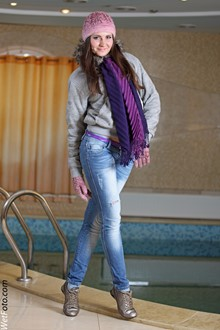 #209 - Winter Wetlook by Girl in Jacket, Jeans, Scarf, Hat, Gloves and Sneakers