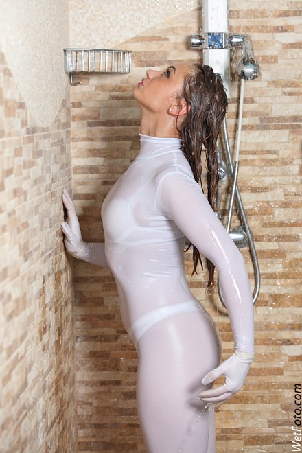 wet girl get wet fully clothed wet hair jumpsuit pointes gloves jaсuzzi shower