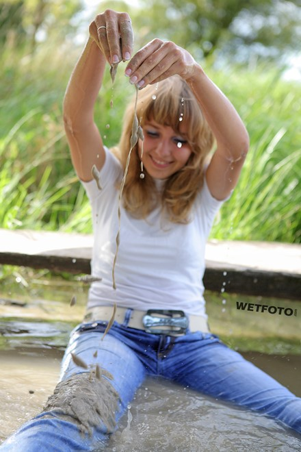 wet girl get wet wet hair swim fully clothed golf jeans sandals lake