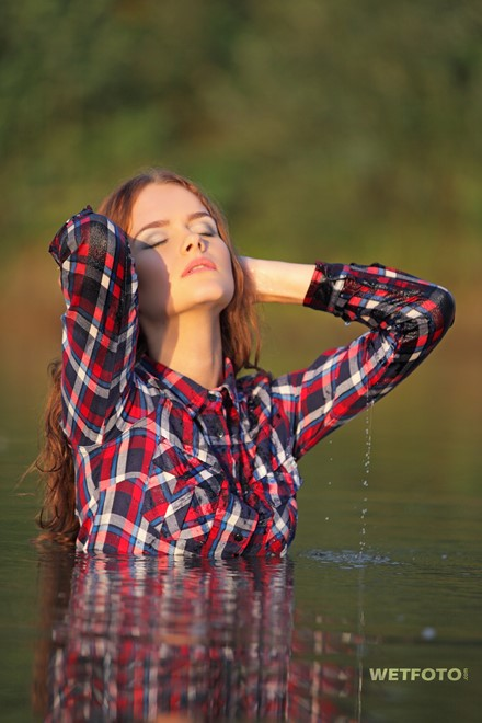 wet girl wet hair get wet swim fully clothed shirt jeans sneakers lake