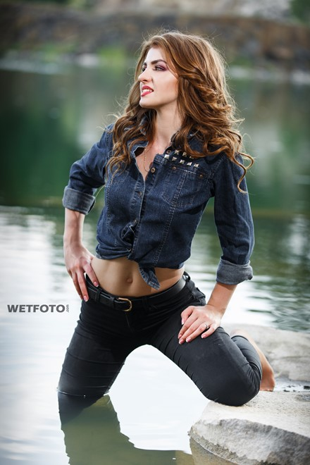 wetlook wet girl swims in clothes skinny tight black jeans shirt wetfoto