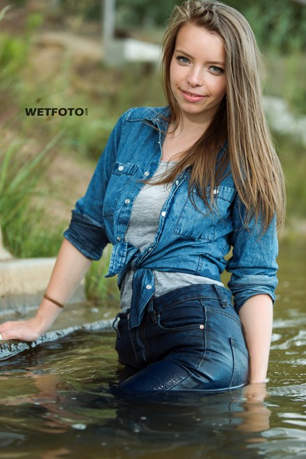 store wetfoto wetlook girl wet gray t shirt no bra swims fully clothed lake