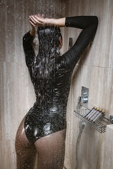 #434 - Wetlook model in Skinny Jeans and Leather Jacket Got Soaking Wet in Shower