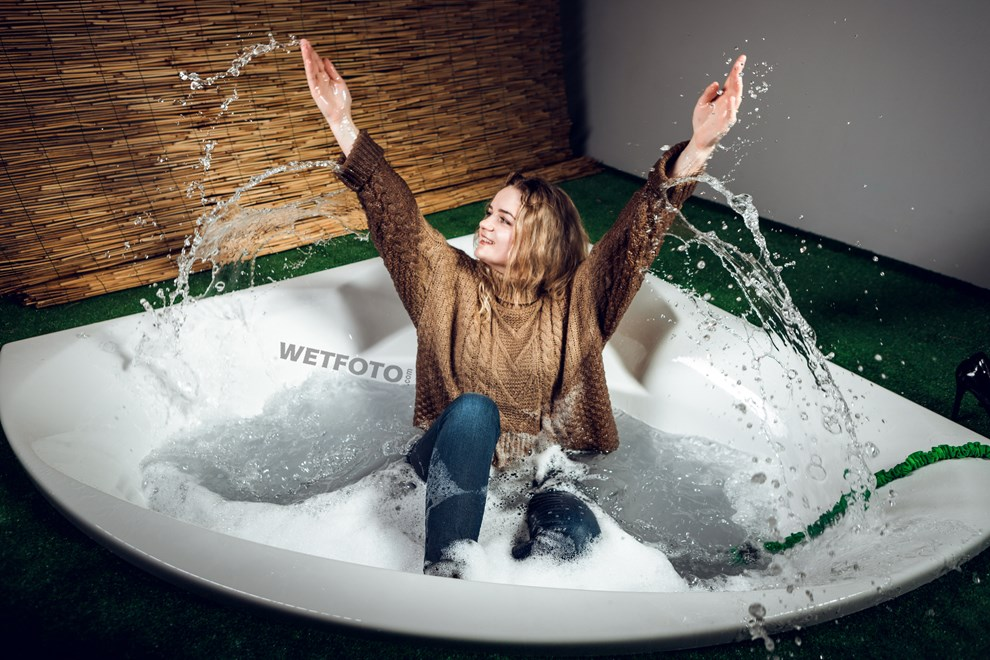wetfoto wetlook girl dressed soaking wet jeans sweater