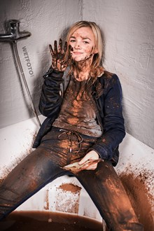 #569 - Wet and Messy Movie with a Girl Dressed in Skinny Jeans, Jacket with Shoes in Chocolate Bath