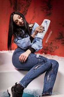 #580 - Wetlook Girl Takes a Bath in Denim Clothes