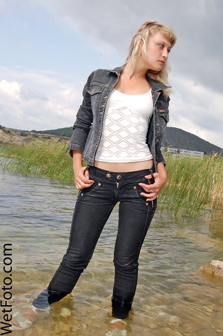 wet woman get wet fully clothed jacket jeans t-shirt shoes lake